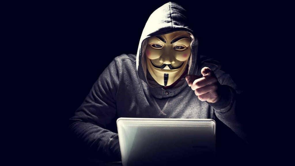 Hackers vs Ciberseguridad